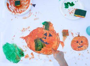 pumpkin-finger-painting-kids