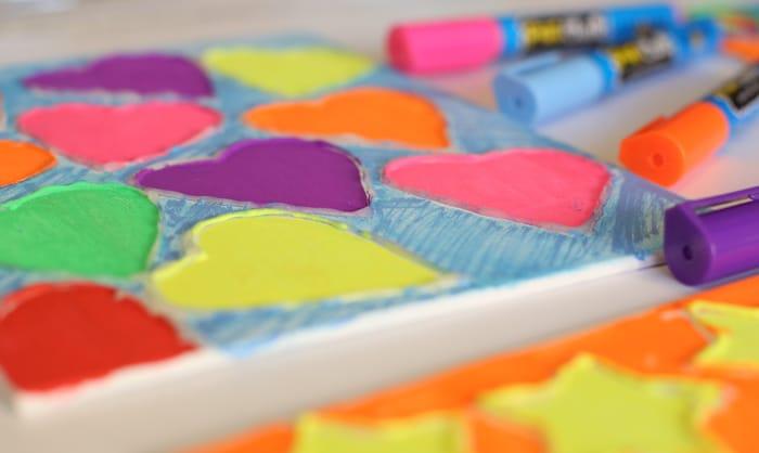fun-chalk-markers-glue-gun
