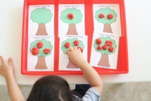 Toddler preschool math play dough counting activity