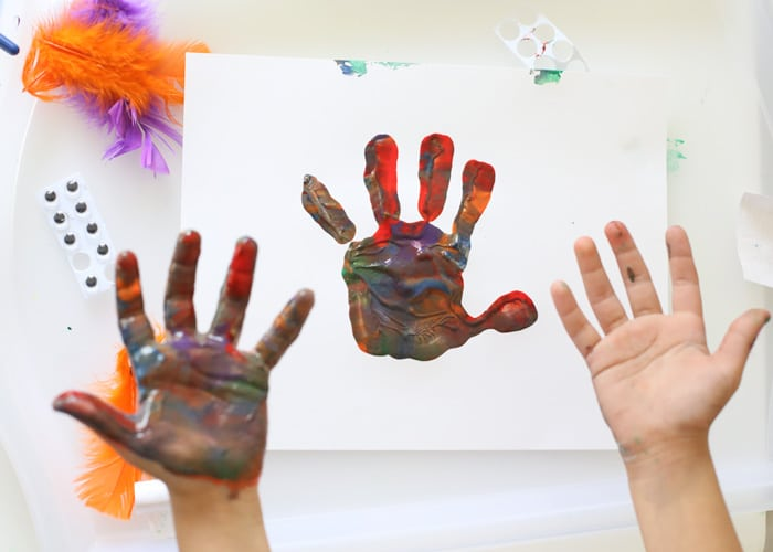 toddler-finger-painting-fun
