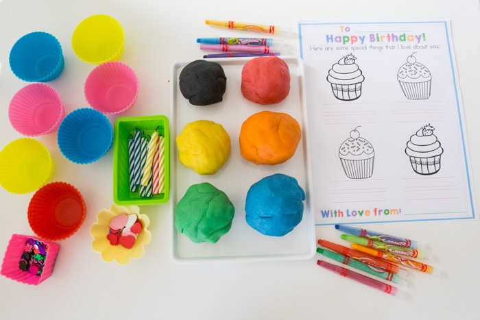 playdoh-cupcake-party