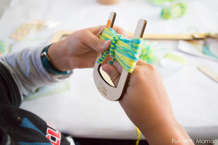 kids yarn activity