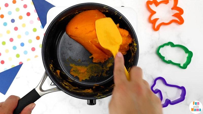 make cooked playdough