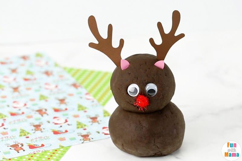 reindeer chocolate playdough recipe